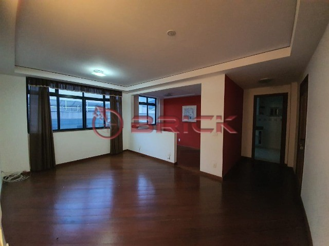 Apartamento com 2 suítes em Agriões