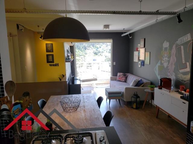 Lindo apartamento todo planejado e mobiliado no residencial apua. possui 2 dormitorios sendo 1 suite. sala multi ambiente com sacada. vista livre. cozinha tipo americana. area de s...