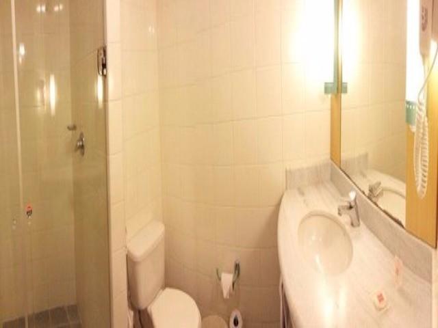 1 dormitorio, 1 vaga de garagem para venda no pool em Santo