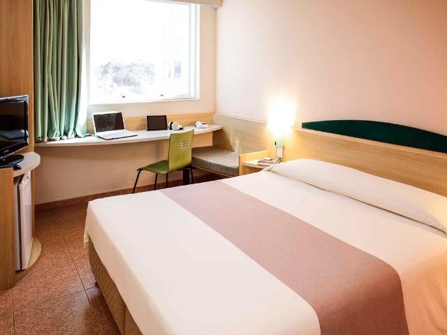 Flat para venda, 1 dormitório, 1 vaga de garagem em Serra/ES