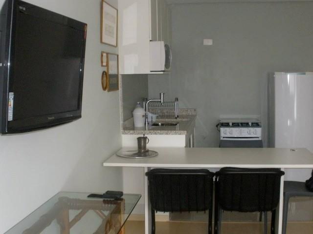 Flat para venda em Barueri, 1 dormitório, 1 vaga de garagem no edifício Le Bougainville