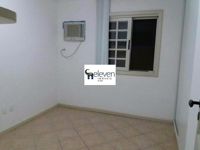 Condomínio à venda em Itapuã, Salvador - BA