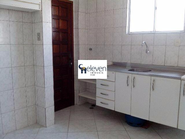 Apartamento de 2 dormitórios à venda em Costa Azul, Salvador - BA