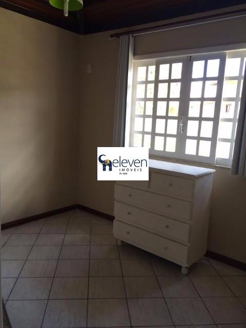Casa de 4 dormitórios à venda em Guarajuba, Camaçari - BA