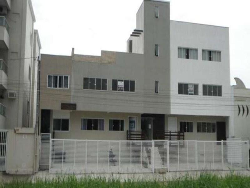 Prédio com 04 apartamentos, 01 cobertura e 01 sala comercial, a venda, em Camboriú!