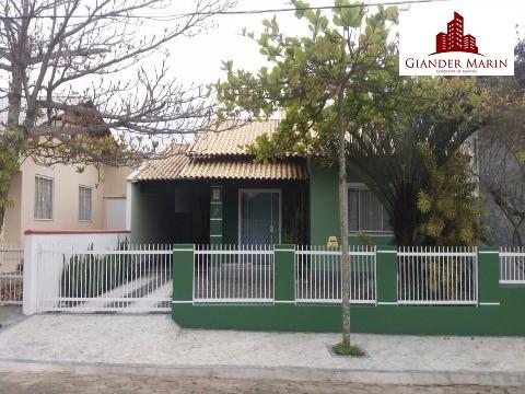 Linda casa em Barra Velha perto do mar