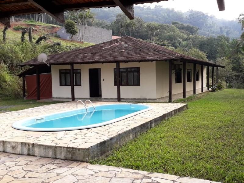 Casa Residencial em BLUMENAU - SC, ITOUPAVAZINHA