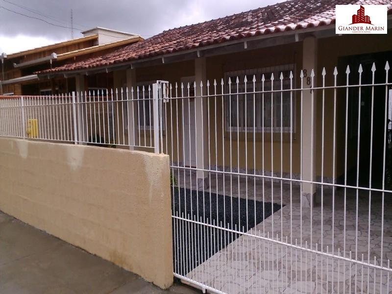 Casa com 2 dormitórios no Gravatá