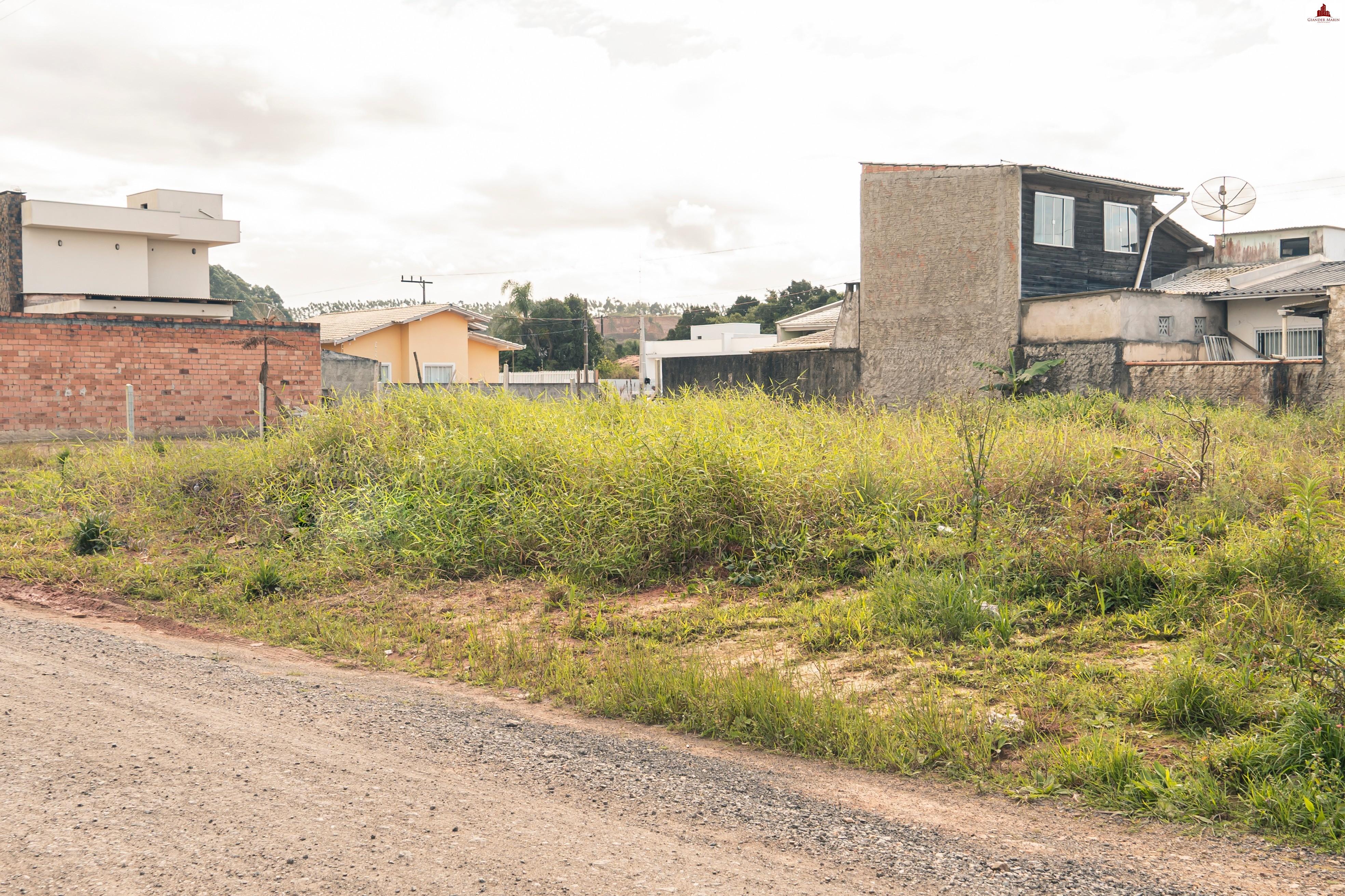 Terreno 260 m² em Piçarras