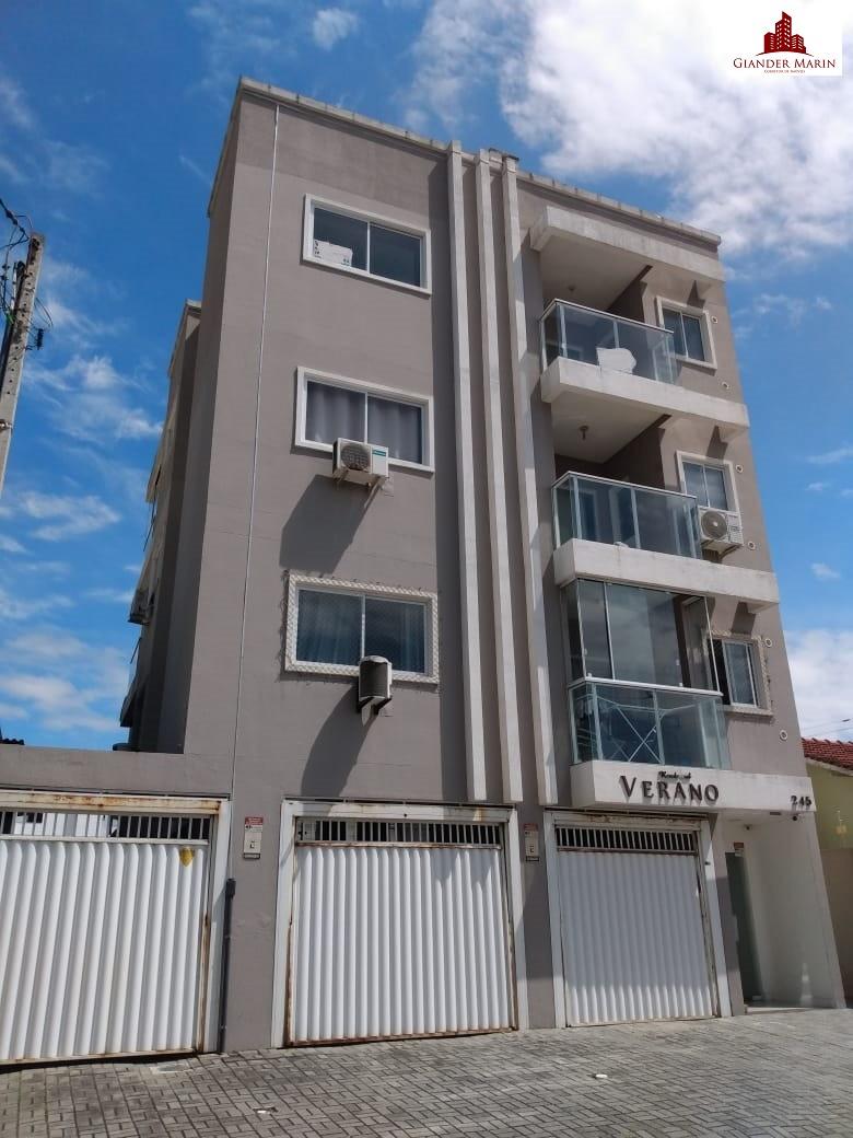 Apartamento na quadra mar mobiliado em Navegantes