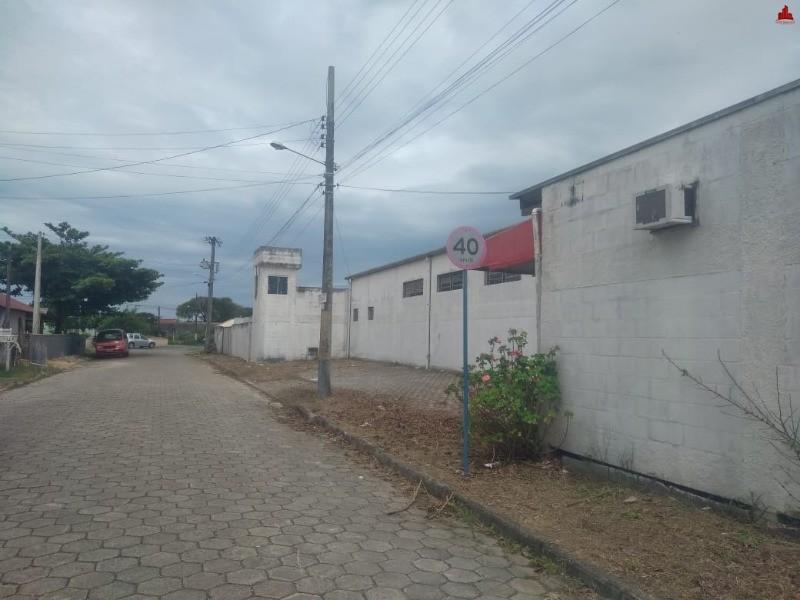 Terreno com Galpão Comercial próximo ao aeroporto em Navegantes/SC