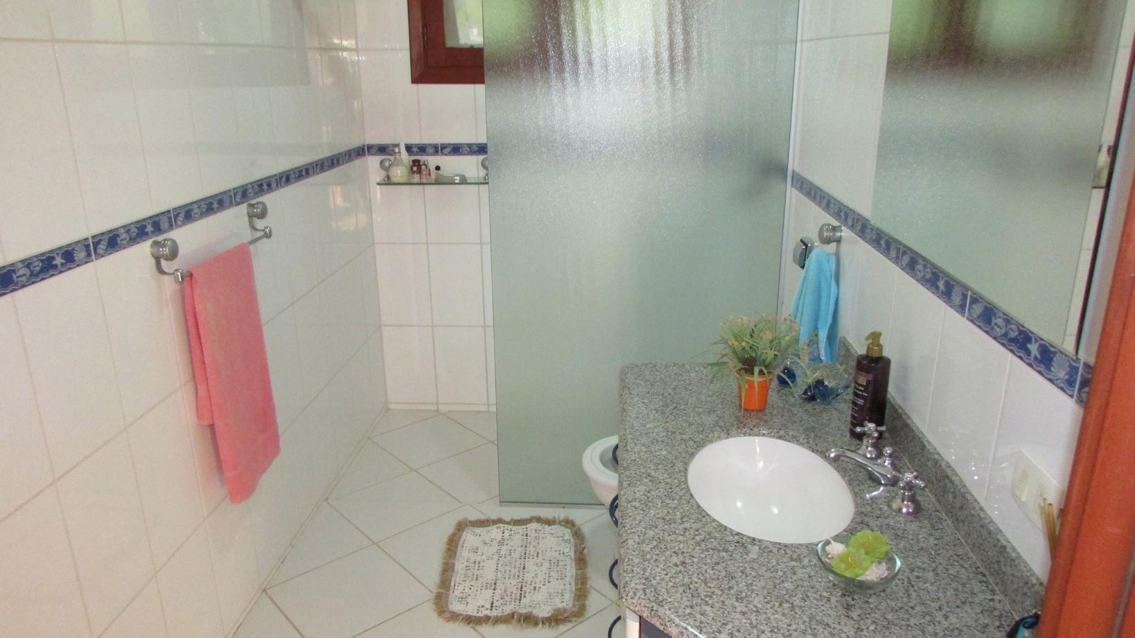 Sobrado de 3 dormitórios em Parque Valinhos, Valinhos - SP
