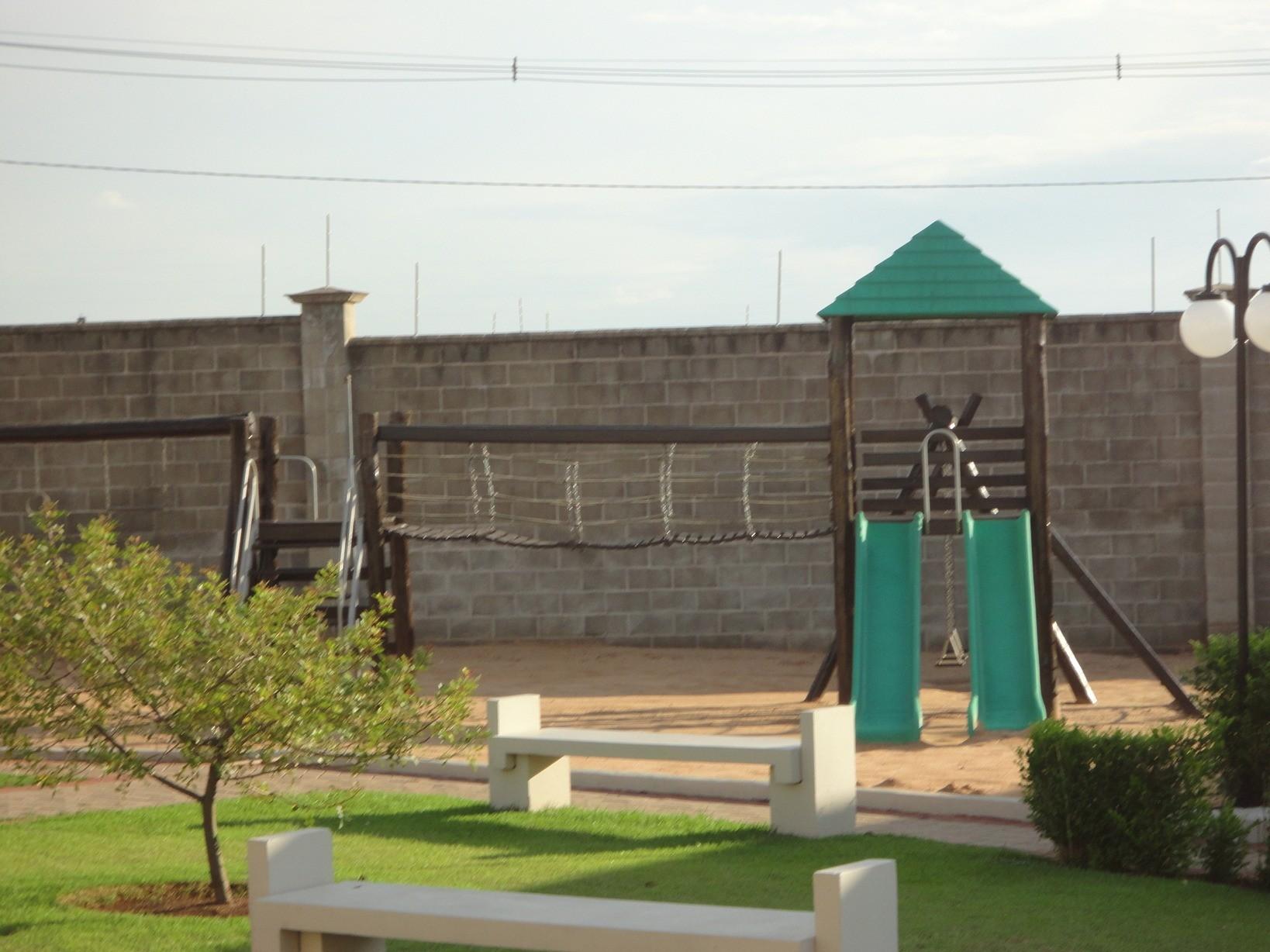 Casa de 3 dormitórios em Jardim Ype, Paulinia - SP