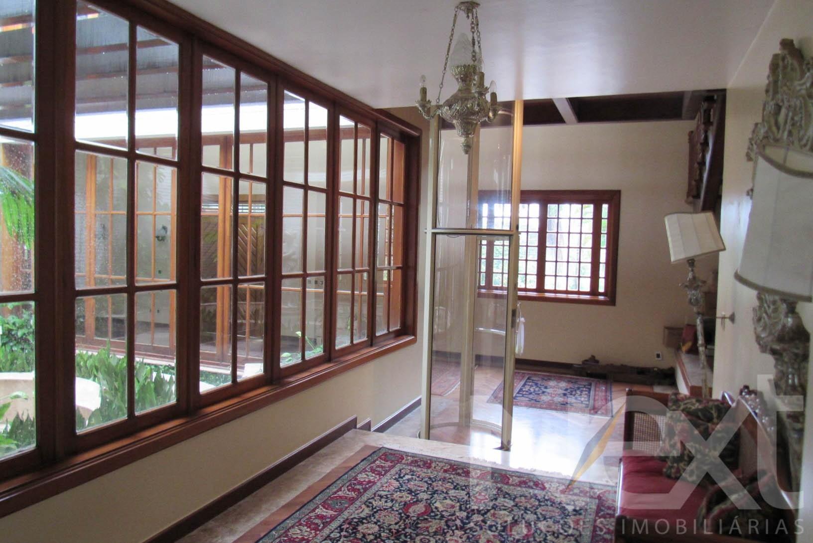 Casa de 5 dormitórios em Gramado, Campinas - SP