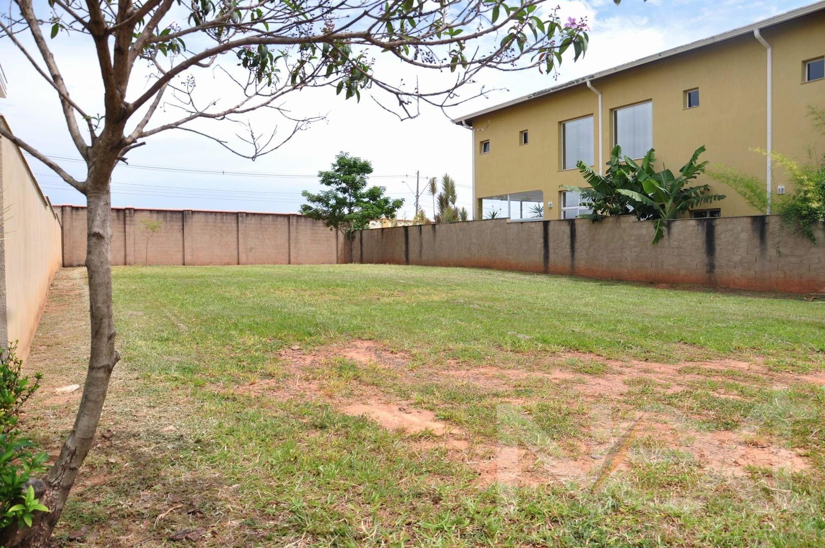 Land Lot em Alphaville Dom Pedro, Campinas - SP