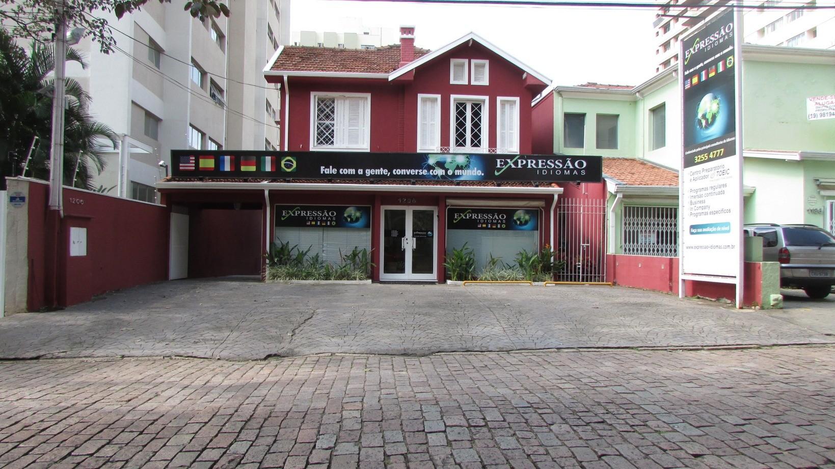 Prédio de 5 dormitórios em Cambui, Campinas - SP