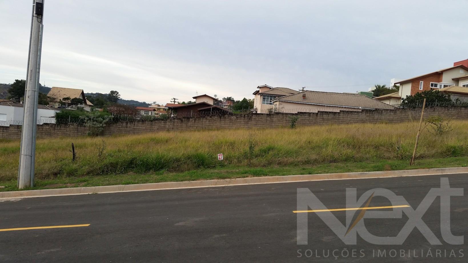 Terreno à venda em Pinheiros, Valinhos - SP