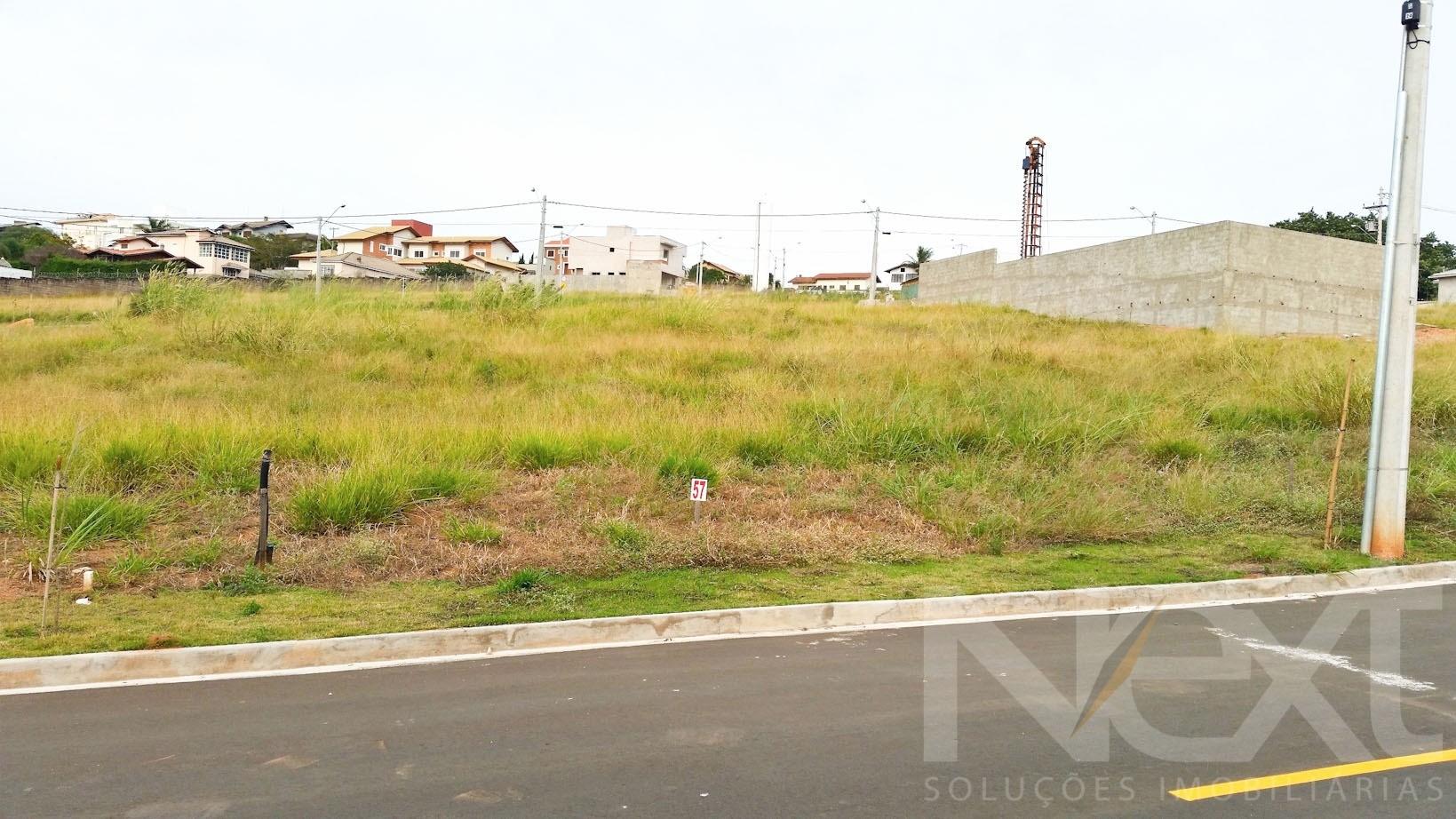 Terreno em Pinheiros, Valinhos - SP