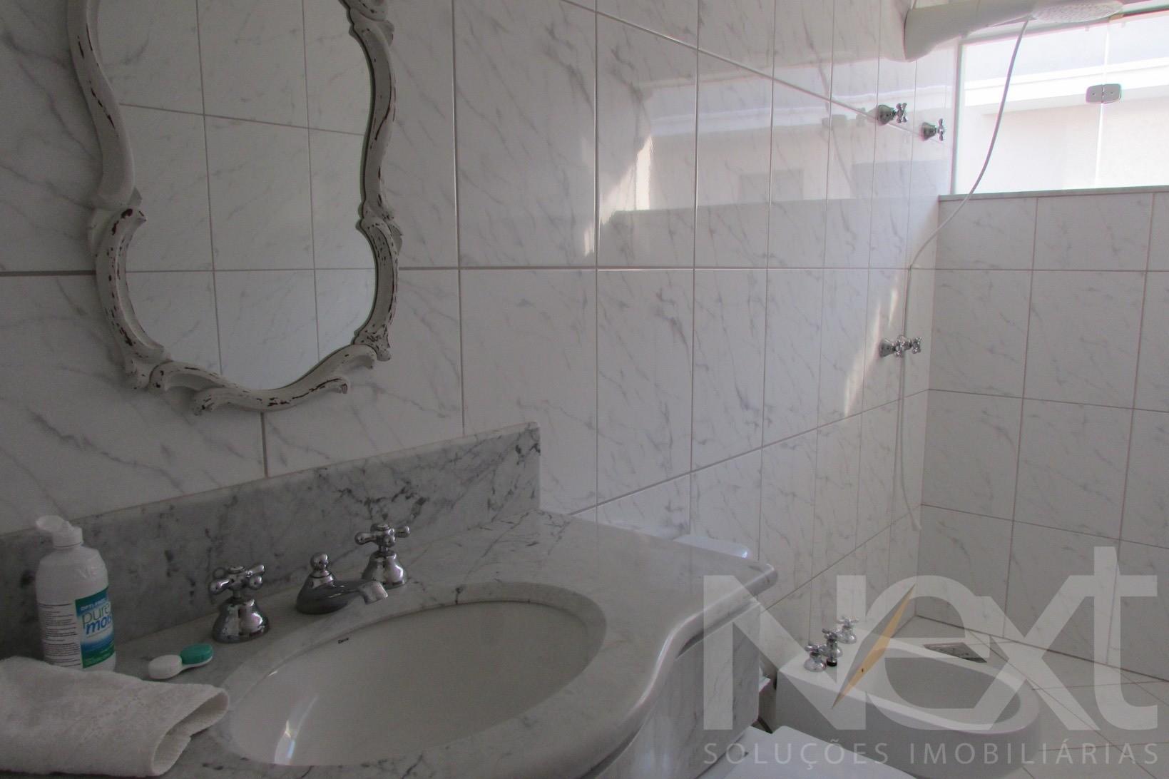 Sobrado de 3 dormitórios em Alphaville Dom Pedro, Campinas - SP