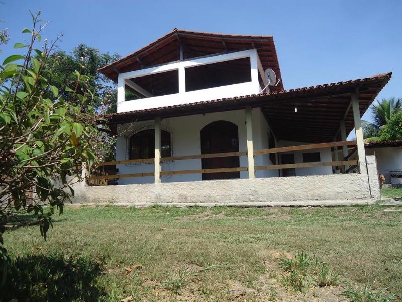 bicanga, Sitio com 4.200 m², com pomar e duas casas, uma com