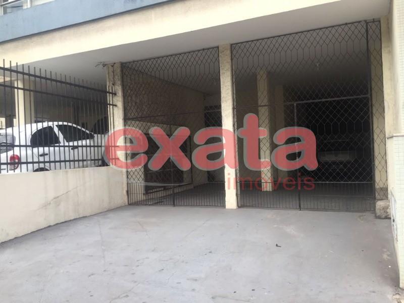 Edf. Abrão Lincon Apt. 2 quartos com suíte, sala, cozinha, WC social, área de serviços, 1ª andar sob. Pelotis, 79 m2, 1 vaga ampla com espaço para 2 v