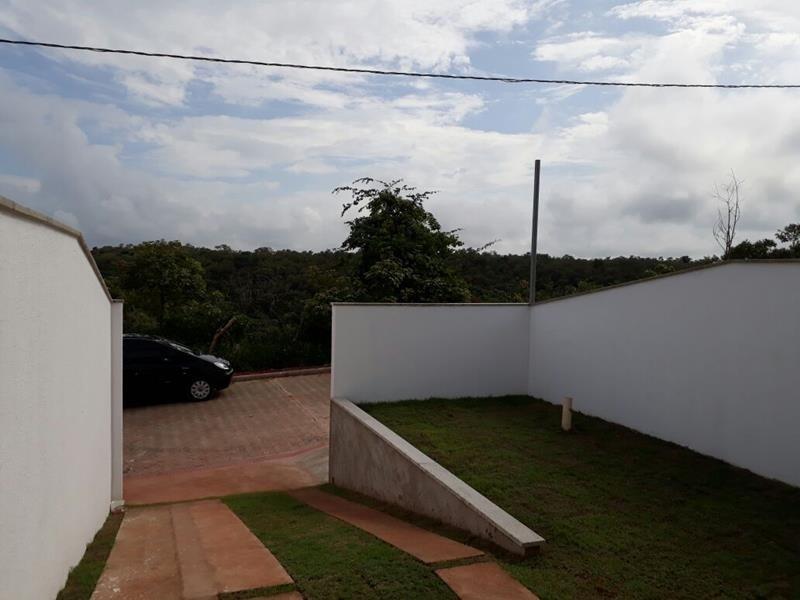 Casa em Serra, %CMinha Casa Minha VidaÛairro Macafé, casa linear, com 2 quartos 1 suite, sol da manhã, piso cerâmico, janelas em blindex, pias e banca