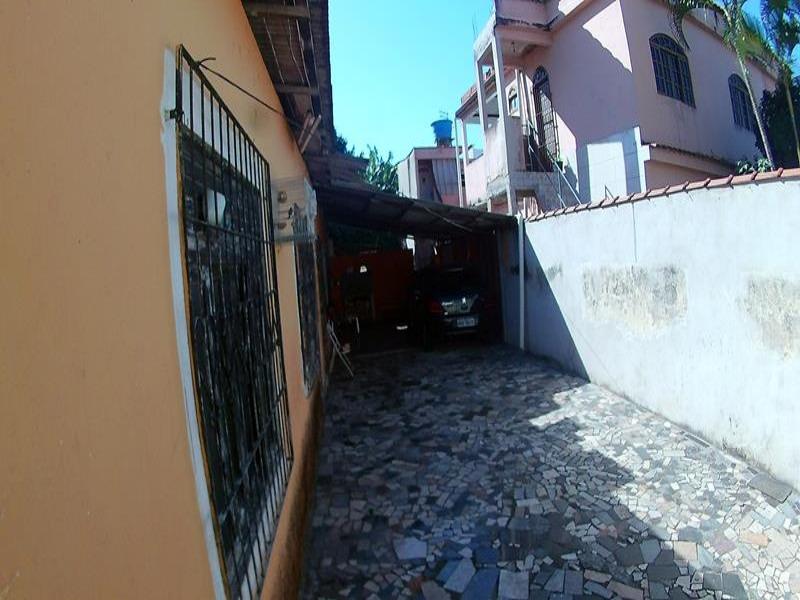 Carapina, Excelente imóvel e com localização privilegiada, área total 510,40 m², próximo a antiga Rinha de galo de carapina, exatamente na Rua Constan