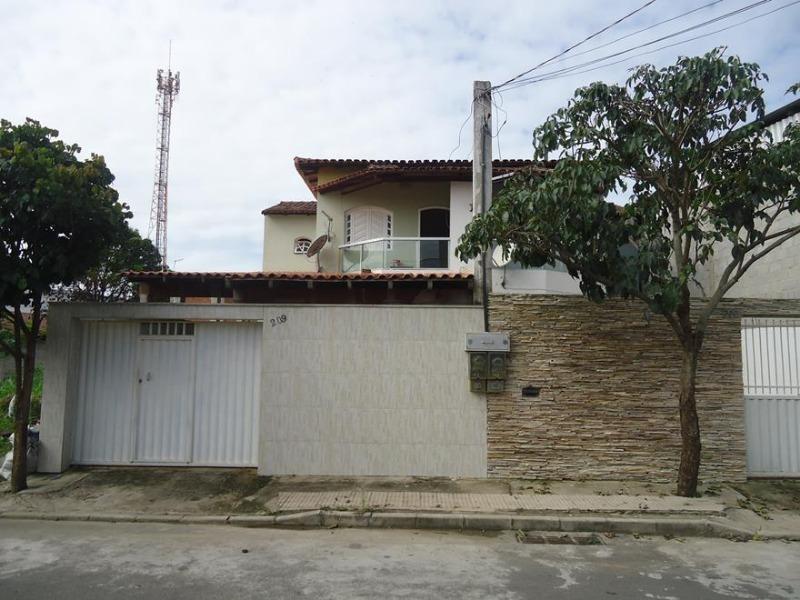 Alterosa, casa duplex 3 quartos, 2 banheiro(s), 2 garagem(ns