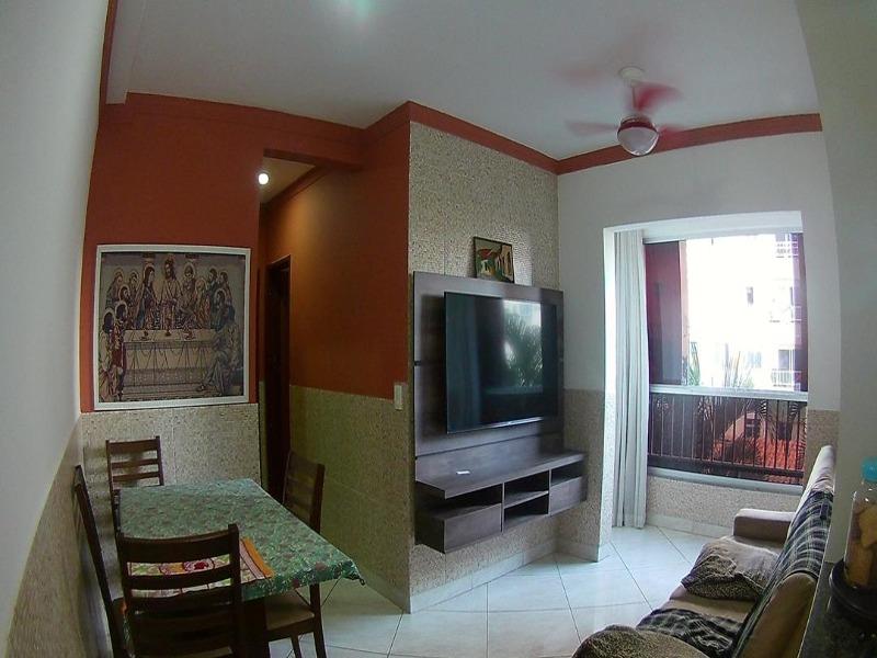 São Diogo, Apt 2 quartos, segundo, piso cerâmico  luminárias de excelente qualidade, armários embutidos