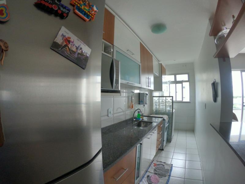 São Diogo, Apt 2 quartos sol da manhã, andar alto andar, piso cerâmico na cozinha e emaideirado nos outros ambientes