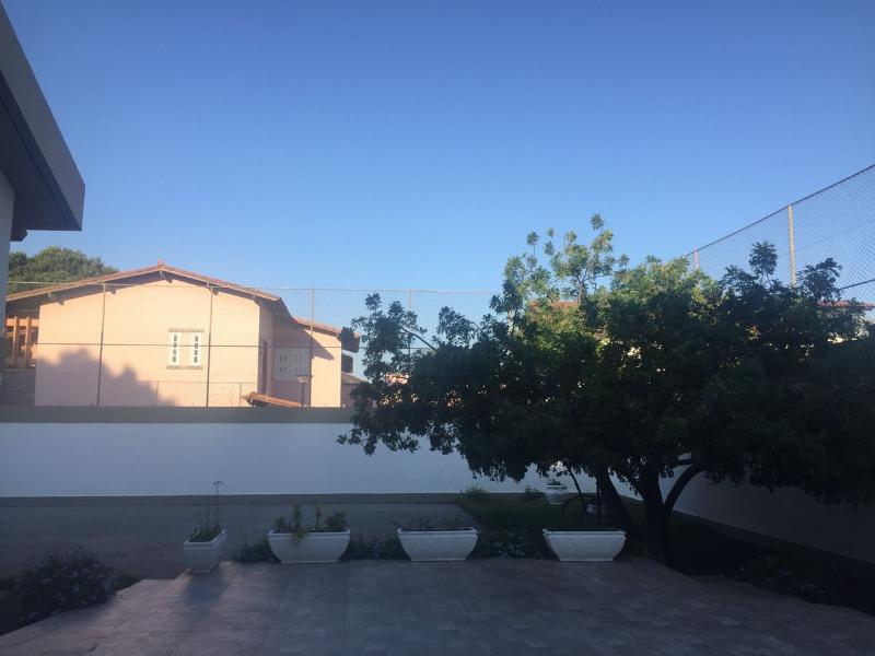 Mata da Praia, Mansão triplex 800 m2 de área construída, com 6 quartos, 4 suites com closet, , 3 salas enormes,lavabo, sala de almoço, copa/cozinha, á