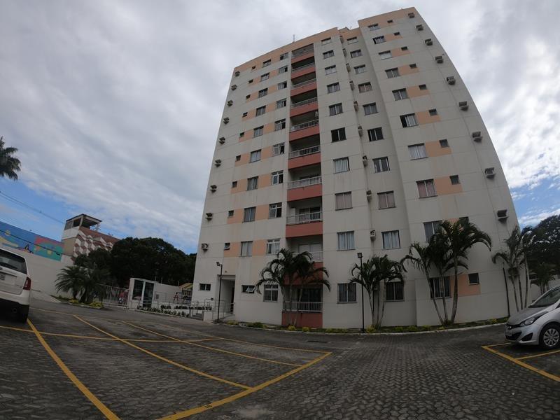 Edificio Rio Reis Magos, em São Diogo, Apt 2 quartos, terceiro andar, piso cerâmico na cozinha, banheiro e varanda,  piso emadeirado nos outros ambien
