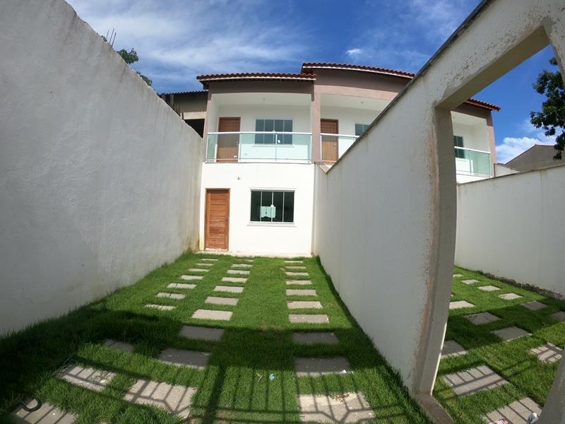 Casa em Serra, 2 quartos com quintal, 94 m²