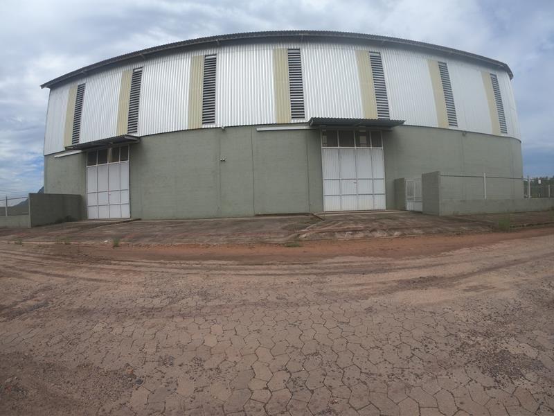galpão, contorno de Vitória com 900 m²