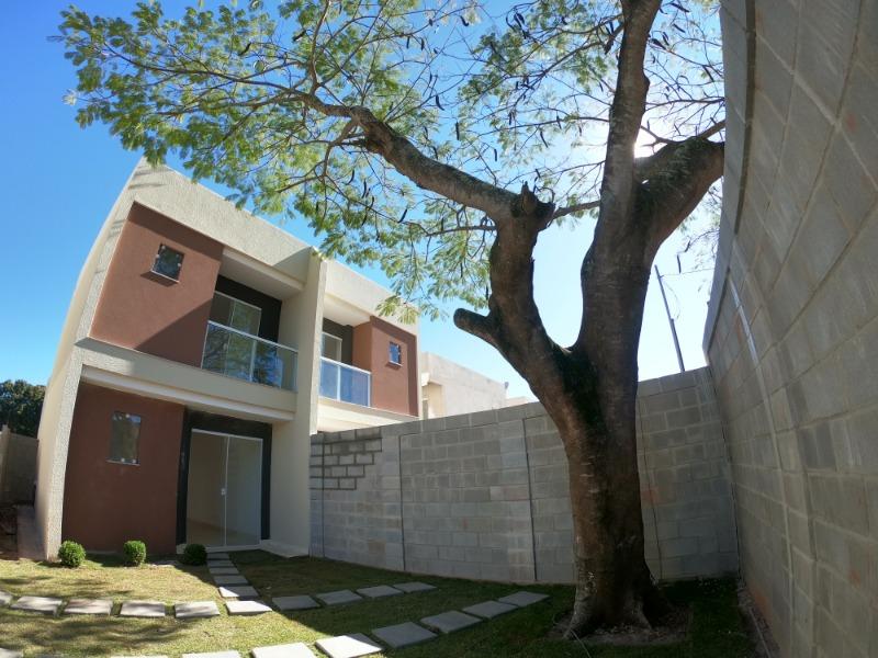 CASA RESIDENCIAL em serra - ES, bairro das laranjeiras