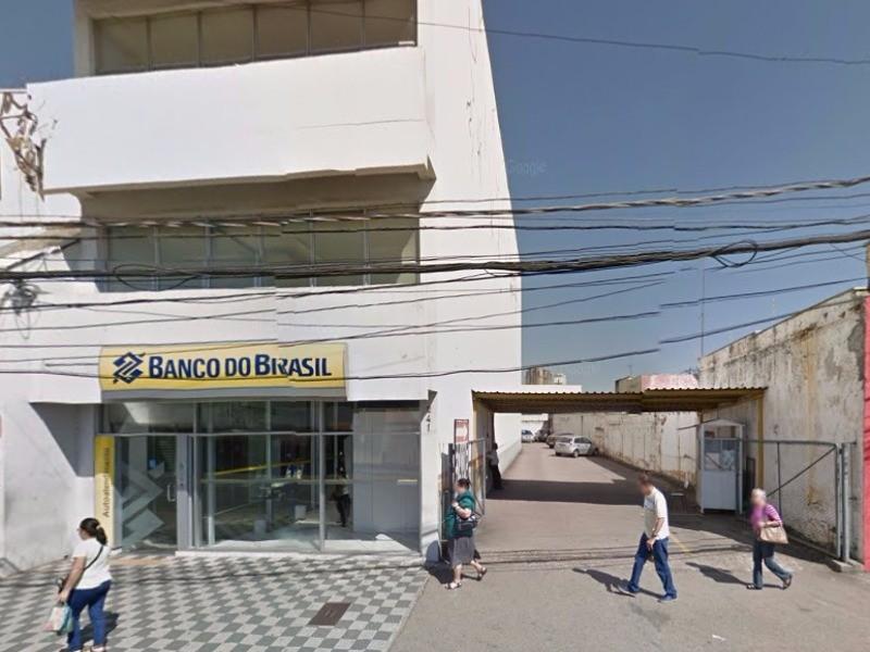 Sal?o comercial para alugar no bairro Centro em Jundia SP