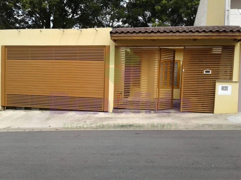 CASA RESIDENCIAL. CAXAMBU. JUNDIAI
