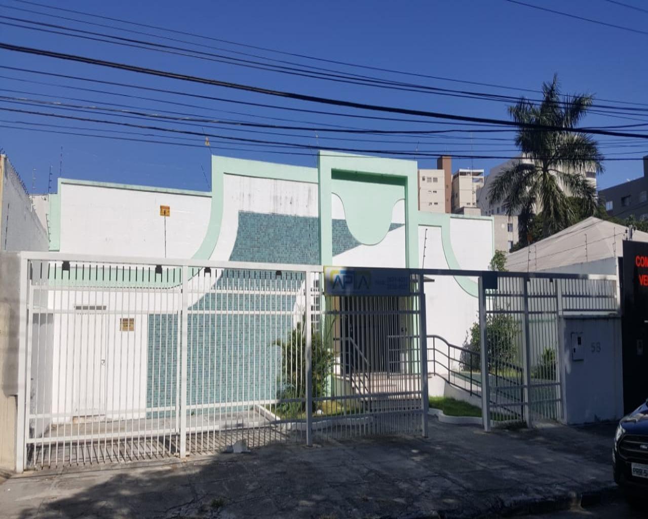 CASA COMERCIAL em GOIÂNIA - GO, SETOR AEROPORTO
