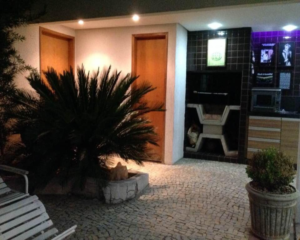 CASA COMERCIAL em GOIÂNIA - GO, SETOR OESTE