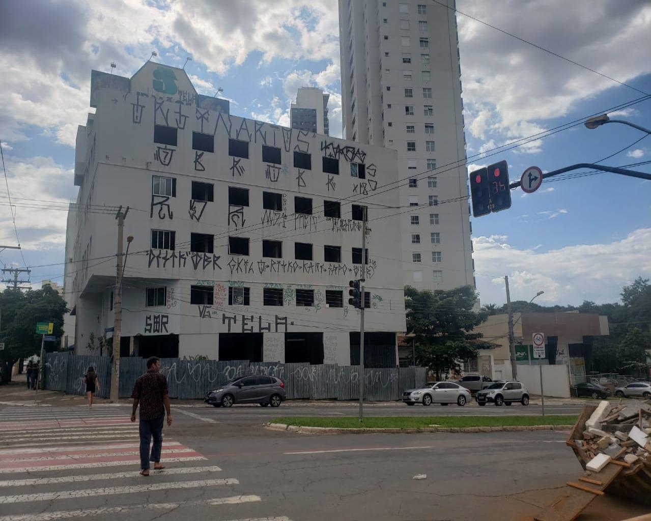 GALPAO COMERCIAL em GOIÂNIA - GO, SETOR OESTE