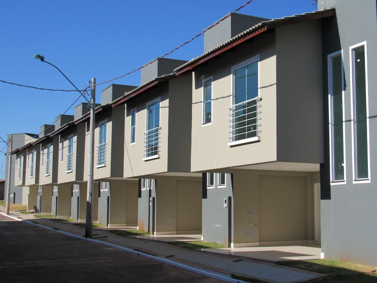 CASA RESIDENCIAL em GOIÂNIA - GO, RESIDENCIAL CENTER VILLE