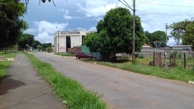 TERRENO COMERCIAL em Trindade - GO, Jardim das Oliveiras,
