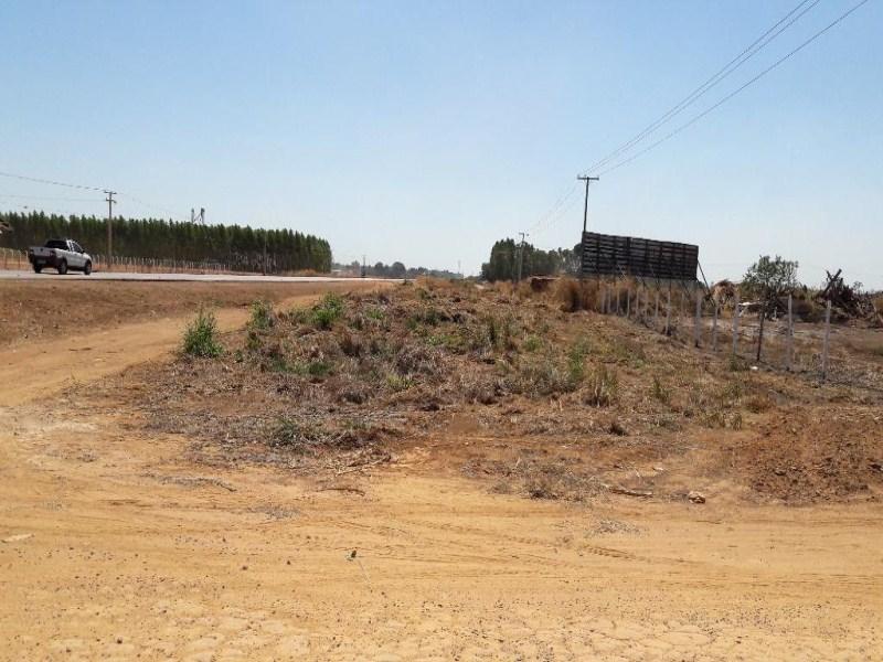 Vende-se área de 25 hectares, em Sinop - MT