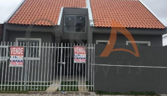 Casa com Ático  47m² no Campo de Santana é na Oka Imóveis