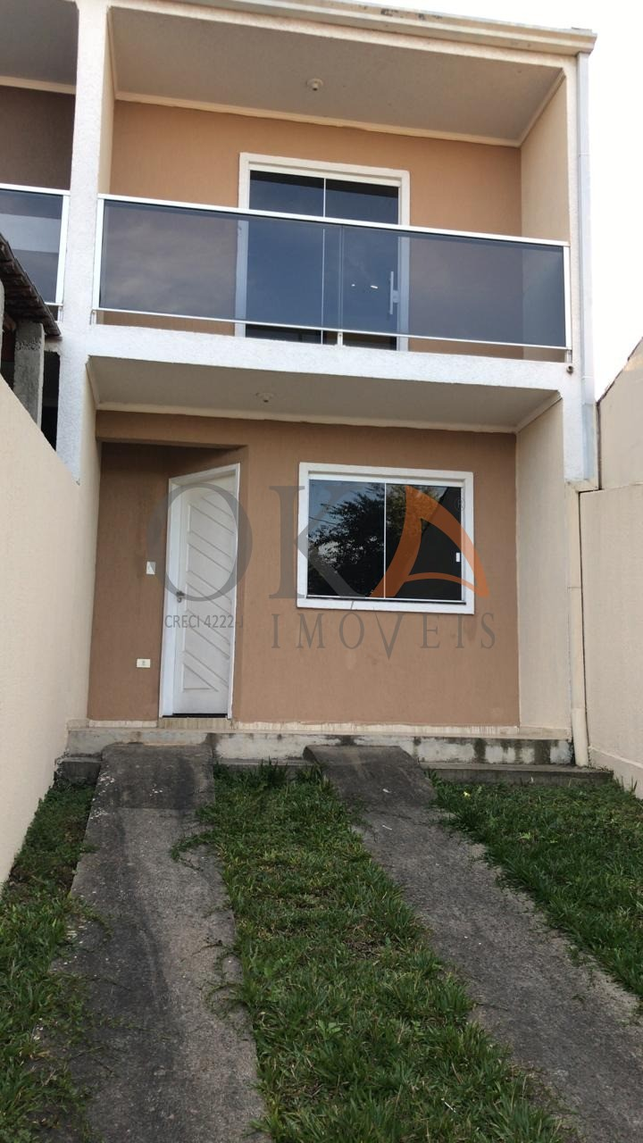 Sobrado com preparação para ático, 02 Dormitórios em Curitiba é na Oka Imóveis