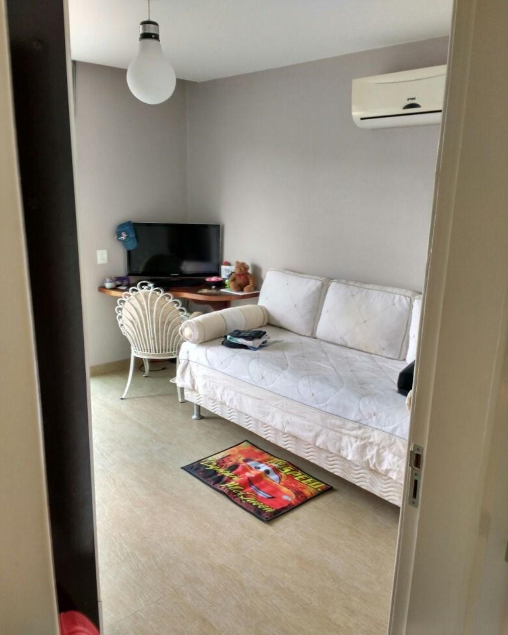 Casa em Alfaville  -  Campos dos Goytacazes - RJ