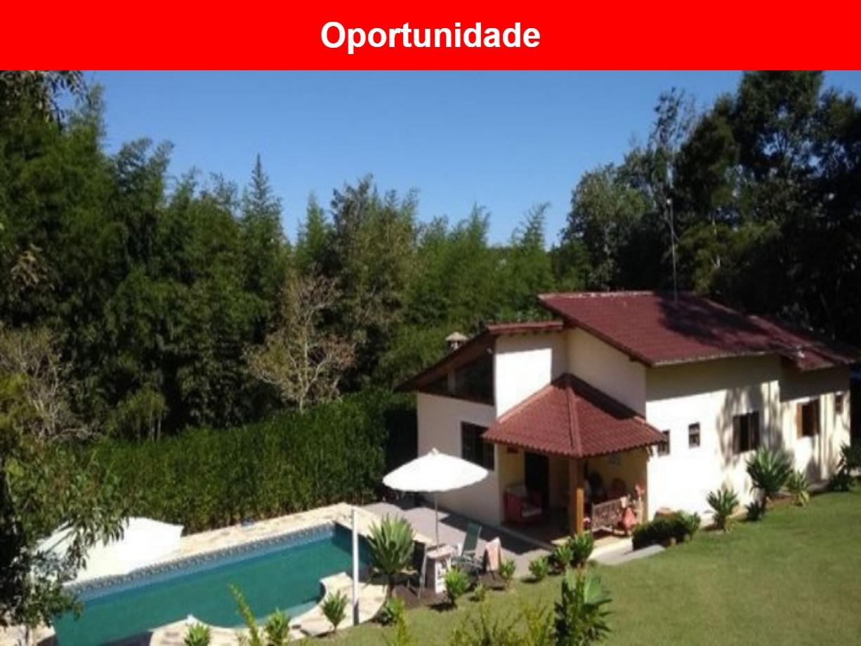 Chácara a venda no Condomínio Pessegueiros em Ibíuna - SP