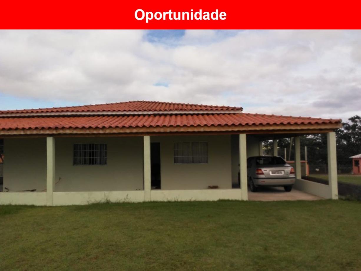 Chacara a venda no Village Paraíso, Capela do Alto - SP