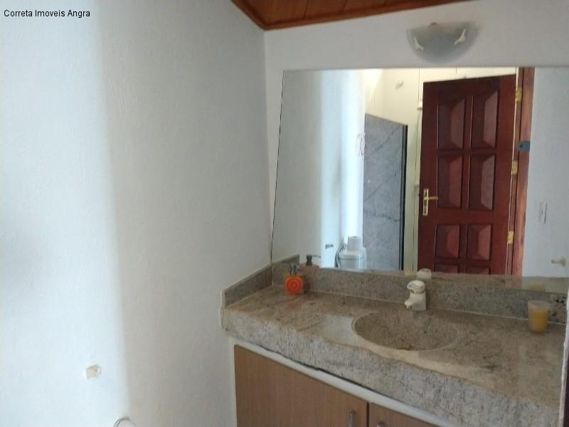 Casa em PONTA LESTE  -  ANGRA DOS REIS - RJ