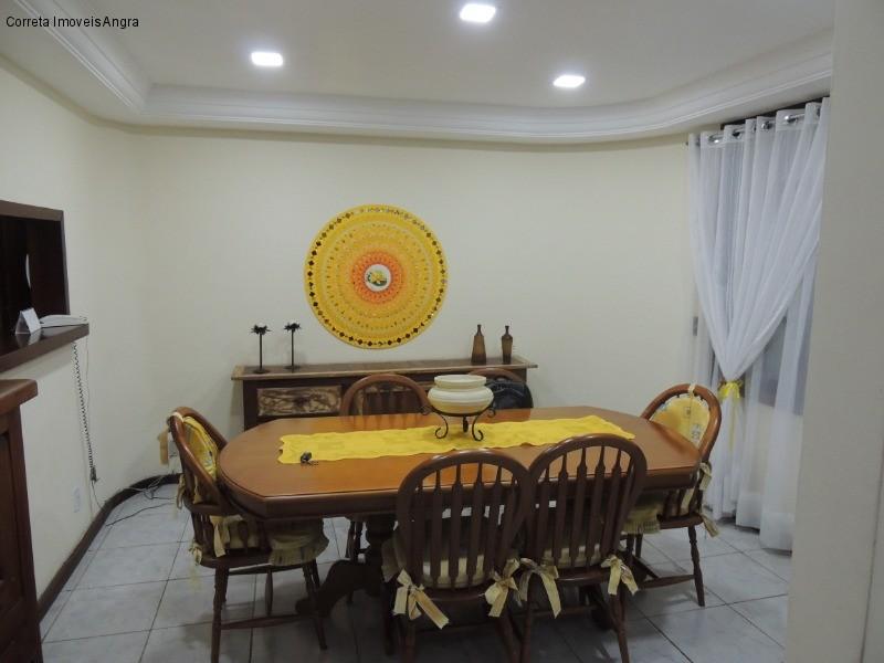 Casa em PARQUE DAS PALMEIRAS  -  ANGRA DOS REIS - RJ